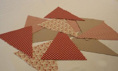 Guirlande de fanions en tissu| Etape 2