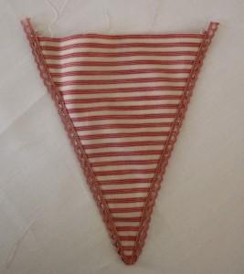 Guirlande de fanions en tissu| Etape 5