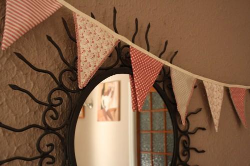 d co ma guirlande de fanions en tissu blog point zigzag. Black Bedroom Furniture Sets. Home Design Ideas